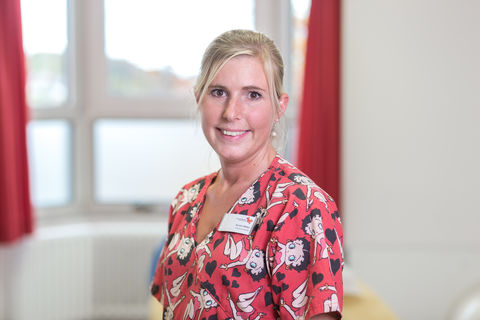 Sr. Kerstin Weber, Certified Infant Massage Instructor & Krankenschwester